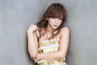 逆龄女神安室奈美惠迎来40岁生日