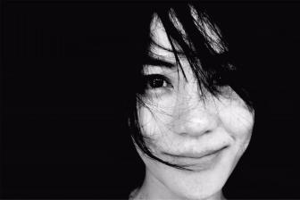 王菲相约李荣浩唱K《作曲家》,窦靖童变迷妹跟着哼唱