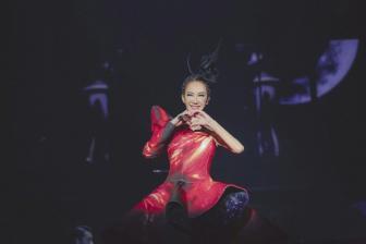 欧阳靖现身李玟巡演长沙站,合作《你是我的Superman》